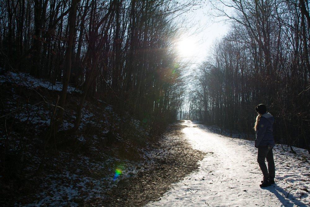 Ich im Licht | Eine Sonntagsrunde auf Glatteis um den Heinitzer Weiher | Photo Diary