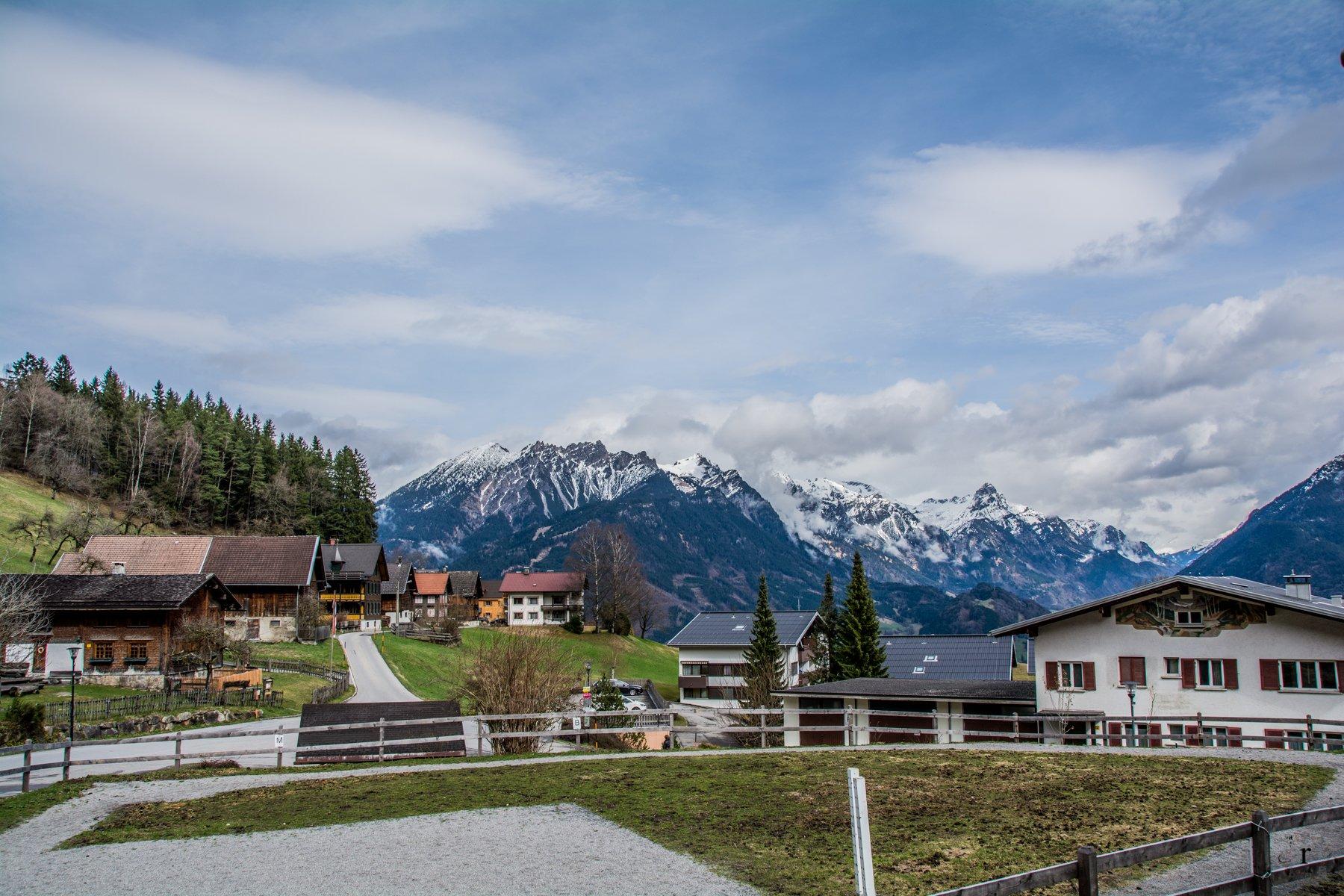Land Chalet Matin in Bürserberg - Aussicht vom Balkon der Ferienwohnung