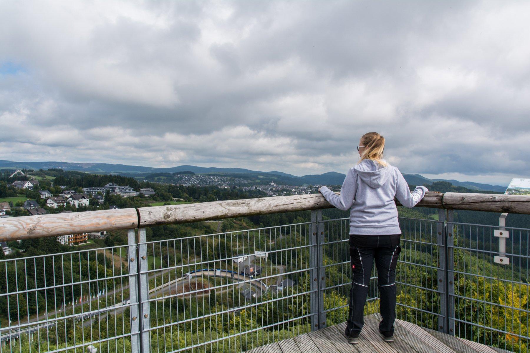 Landal Winterberg zum Erlebnisberg Kappe mit Panoramabrücke