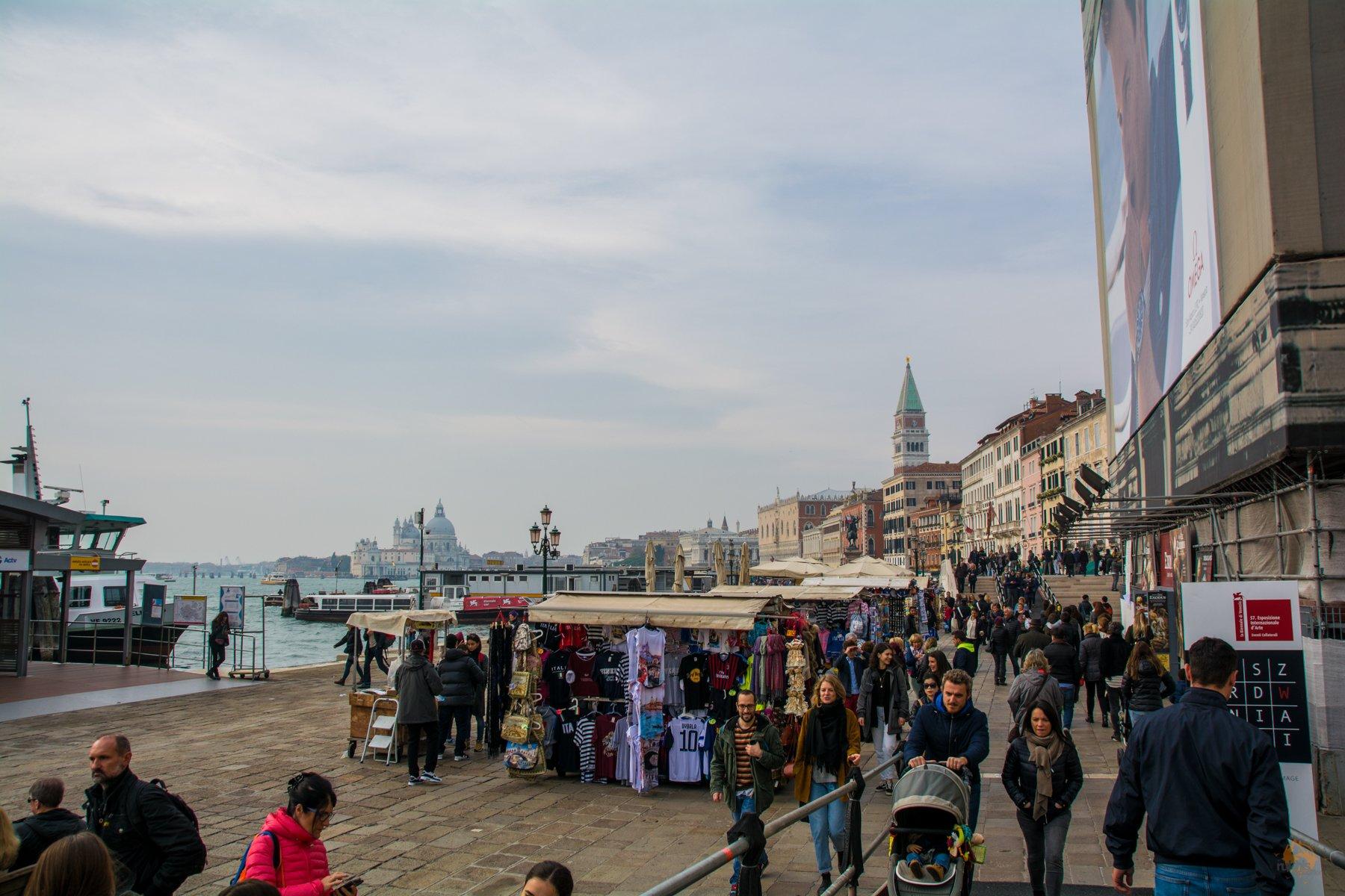 Menschenmassen in Venedig - Italien