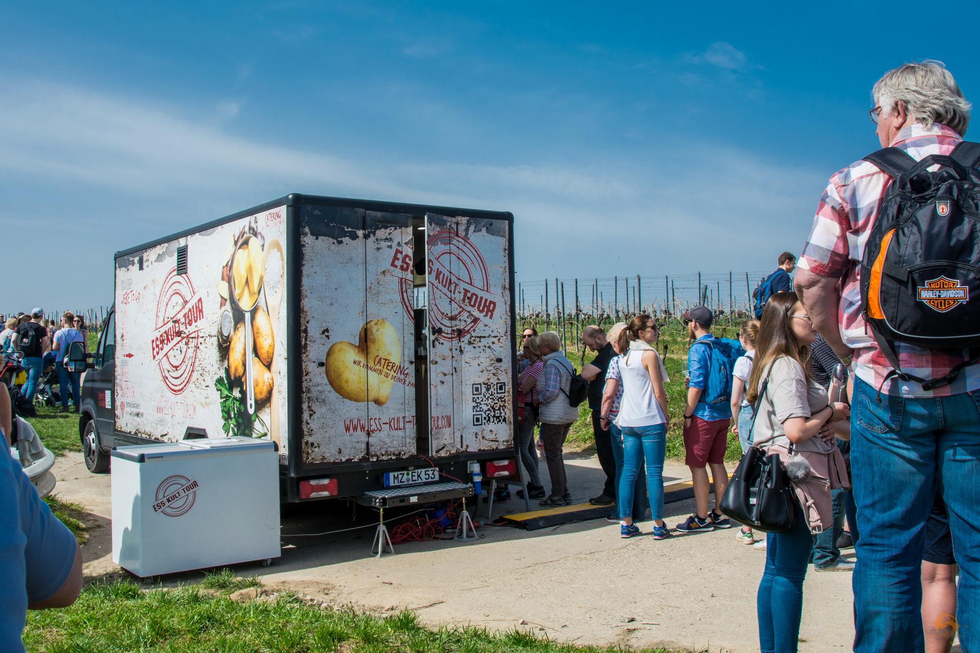 Schlemmerwanderung durch die Oppenheimer Weinberge | Rheinhessen | Ess-Kult-Tour Food Truck